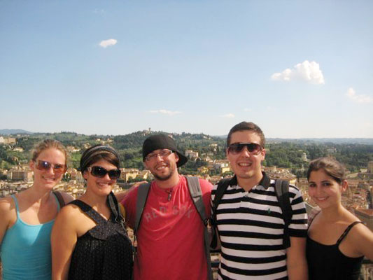 Lara Cottrill, Maria Bellanca, Jonathon Subia, Nicholas Gerling, and Tori Letzler enjoy an excursion day to Florence in 2008.
