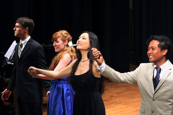Steven Humes, Shaylyn Gibson, Lei Xu, and Ryan Frenk accept much-deserved applause after their rendition of the final quartet from Haydn's L'ISOLA DISABITATA.